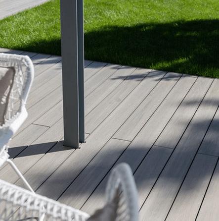 photo terrasse composite jardin