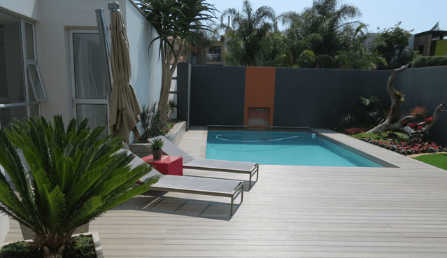 photo terrasse composite piscine